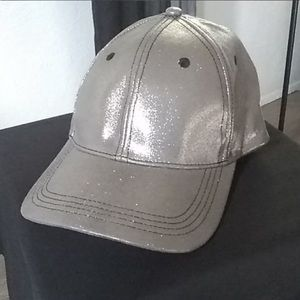 Guess silver hat
